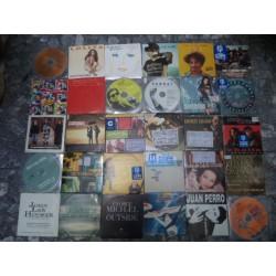 LOTE DE 1700 CD SINGLES
